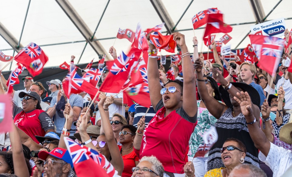 Cheering fans at 35th America's Cup in Bermuda