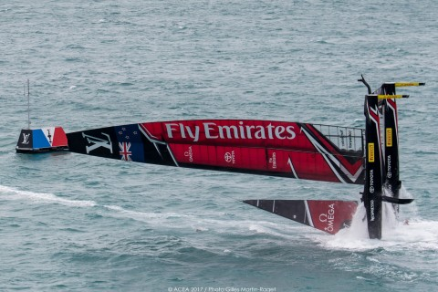 Team Emirates New Zealand capsizes on Day Two of the Challenger Playoffs: Semi-Final against Land Rover BAR