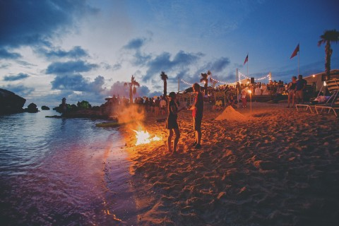 Bonfire Tobacco Bay Beach, Bermuda