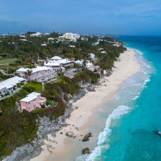 Bermuda Elbow Beach scene