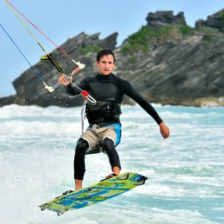 Kite surfing in Bermuda