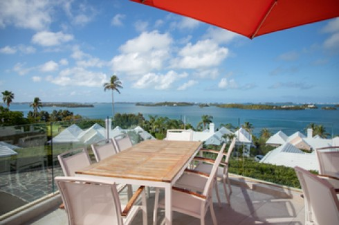 Enjoy spectacular views of the Great Sound at Blu Bar & Grill