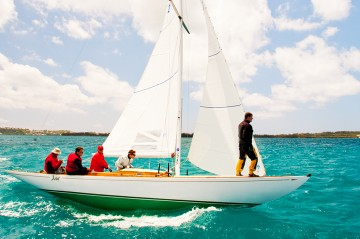 Set sail on Bermuda's waterways