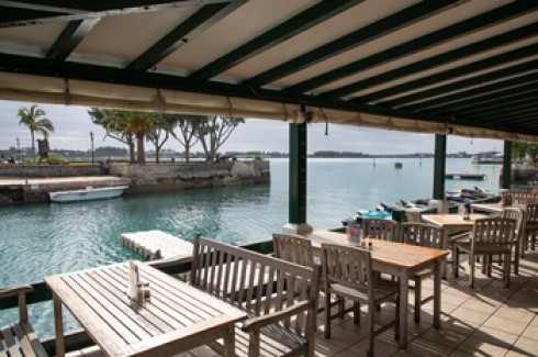 Dine along the water's edge at White Horse