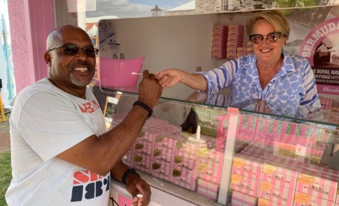 Happy customer - One of our happy customers with Master Fudge Maker Sarah Burrows enjoying a free sample of our fudge!