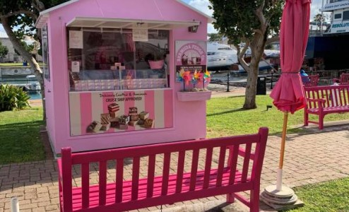 Our official fudge kiosk - Our iconic pink fudge kiosk in the Royal Naval Dockyard.