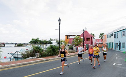 marathon runners in bermuda