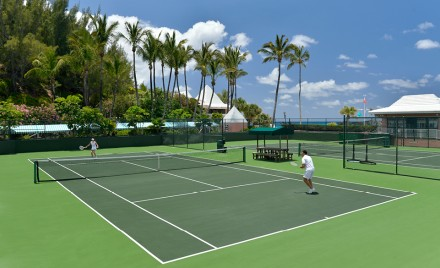 Fairmont Southampton's tennis courts are oceanside